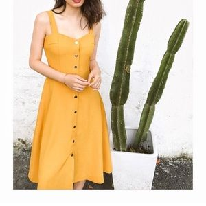 Dresses & Skirts - NWT Yellow mustard front buttoned midi dress